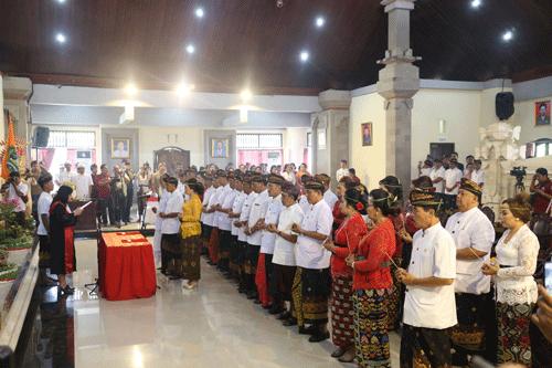 RAPAT PARIPURNA PENGUCAPAN SUMPAH/JANJI ANGGOTA DPRD KABUPATEN TABANAN MASA JABATAN 2019-2024